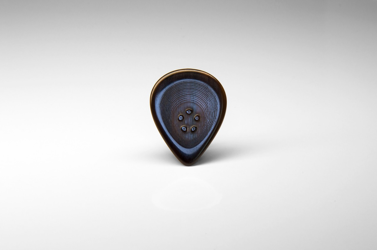 Ultimate Ergonomic Guitar Pick • Custom Made • Enhanced Grip • Sticky Plectrum – back side